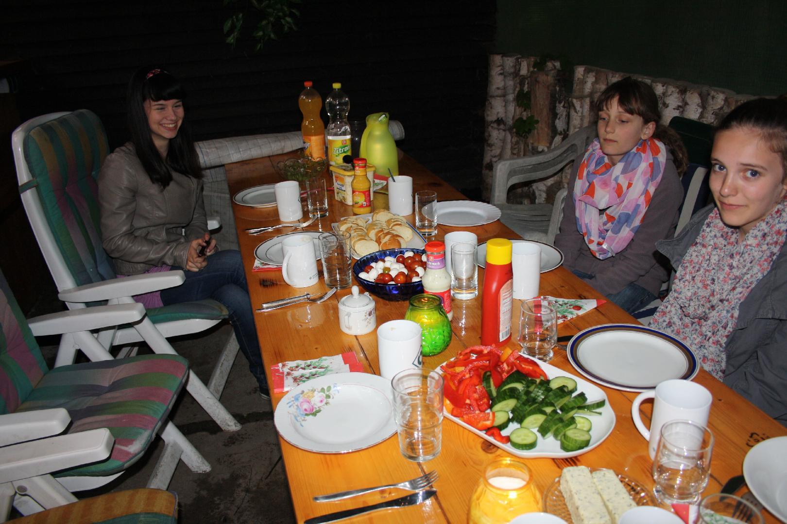 01 Der Tisch ist gedeckt